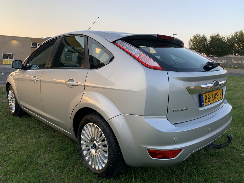 ford focus 18 limited 125pk climanavinap